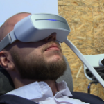 Sprzęt paramedyczny staje się coraz bardziej zaawansowany. Na rynku pojawiają się urządzenia służące do relaksu, redukcji stresu czy poprawy jakości snu