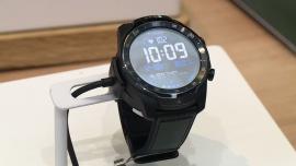 Inteligentne zegarki zastąpią smartfony. Wyposażone w sztuczną inteligencję pozwolą obsłużyć za pomocą komend głosowych urządzenia domowe