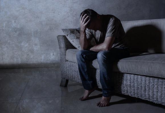 Psycholog o SAD, czyli depresji sezonowej – jak sobie z nią radzić?