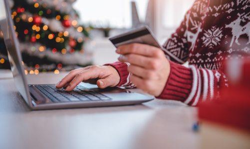 5 zasad bezpiecznych zakupów świątecznych w sieci. Jak nie dać się złapać cyberoszustom?
